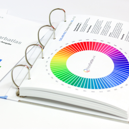 CIELAB HLC Colour Atlas XL by freieFarbe e.V. / freeecolour.org - HLC colour wheel
