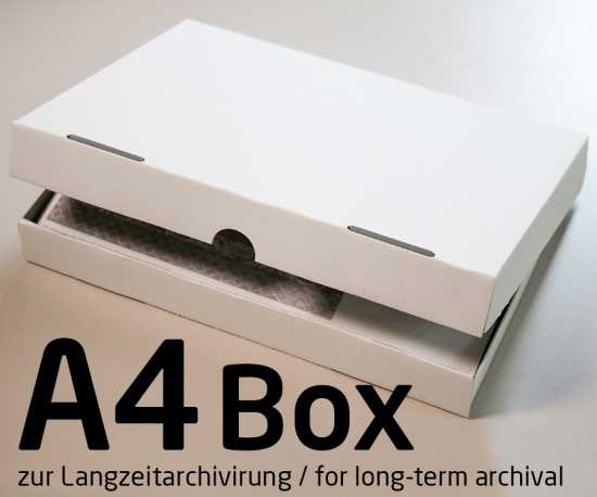 Photo archive box for DIN A4 prints for long-term archiving